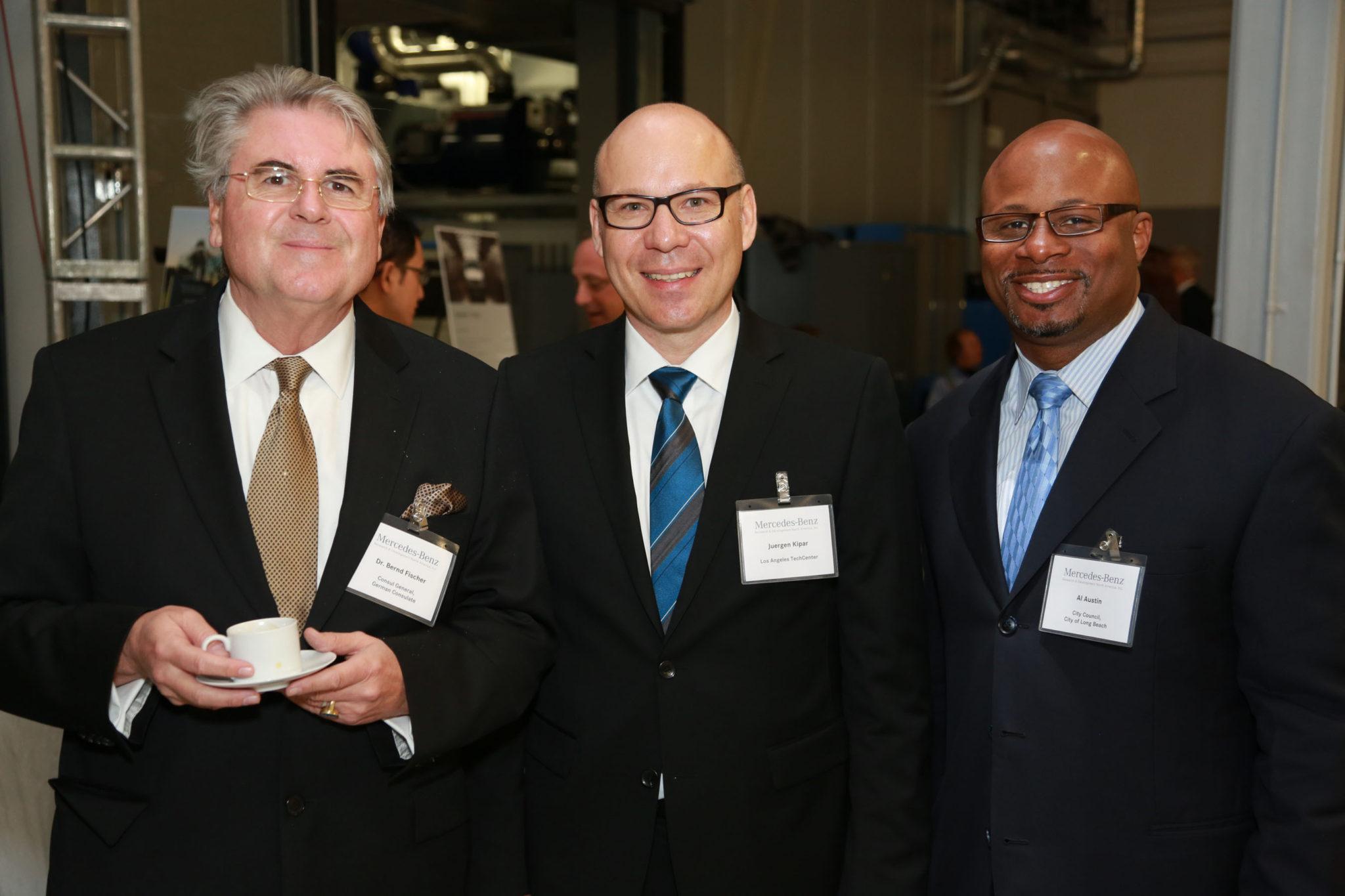 Mercedes Benz Research U0026 Development North America, Inc. Opens Expanded  TechCenter. (