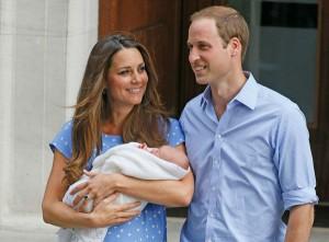 130723-galleryimg-ap-royal-baby-kate-holding-baby-looking-at-will