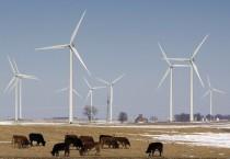 MidAmerican wind generators near Pomeroy, Iowa. (Photo: Shreveporttimes.com.)