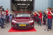 First Model S leaves new European Tesla assembly plant in Tilburg, Netherland